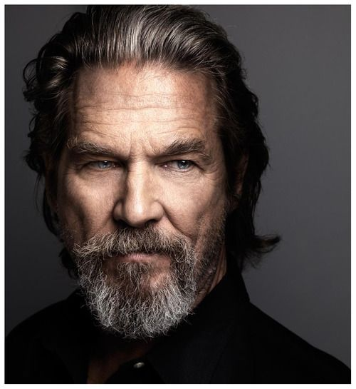 Love Marco Grob headshots. A masculine pic showing every pore and wrinkle, just gorgeous off a 3D Hassb. (Jeff Bridges by Marco Grob)