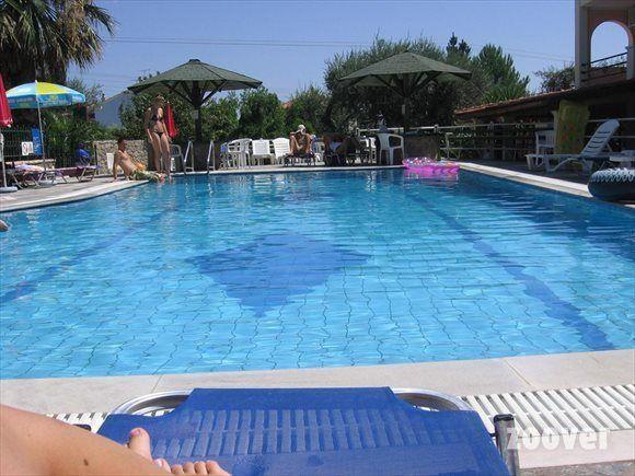zwembad. Mathrakiresort Gouvia Corfu