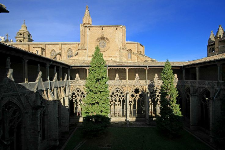 Catedral de Pamplona  07 Turismo Rural en