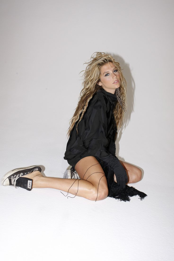Kesha Photoshoot | Edgy Boudoir Must Do photos/ Next Shoot ...