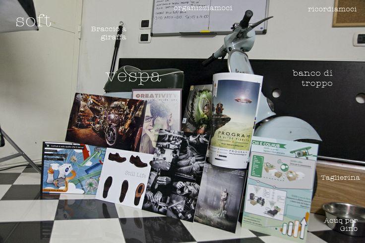 Per condividere un po' di noi ColHub mostra un po' del suo vivere...qualche lavoretto stampato e sì...abbiamo una #vespa in ufficio :)