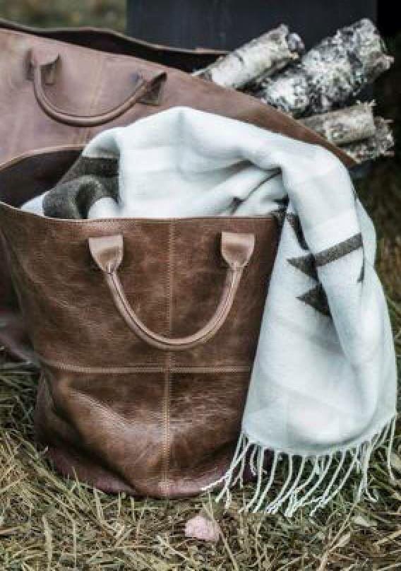 Lama basket in OAK leather