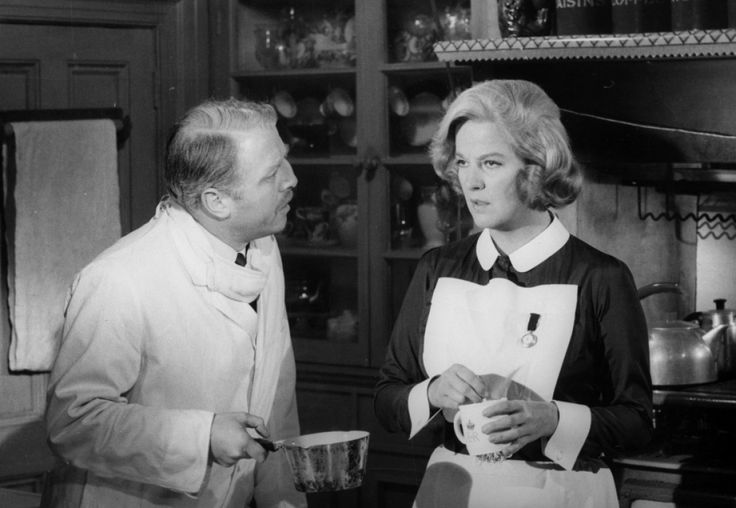 Richard Attenborough as the weak-willed Billy Savage and Kim Stanley as his domineering wife, Myra.