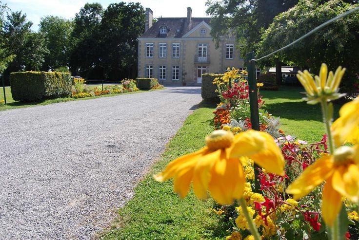 Château de Lez-Eaux, Saint-Pair-sur-Mer, Manche - Pitchup.com