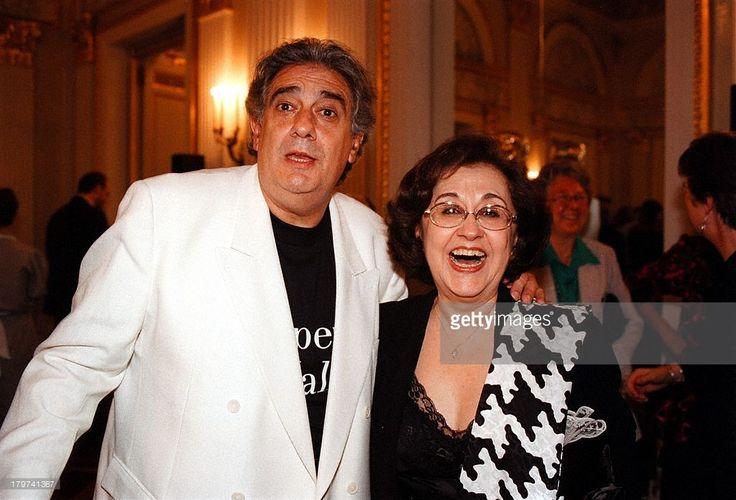 Placido Domingo mit Ehefrau Marta, 'Die;Walküre' von Richard Wagner, 'Münchner;Opern-Festspiele 98',