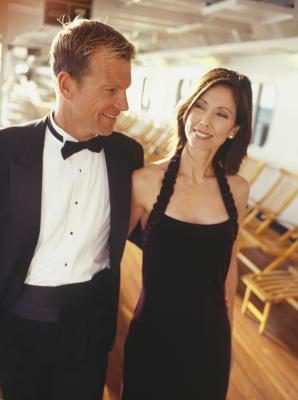 An invitation to a black tie event might leave you wondering just how formally you should dress. Men might rush to rent a tuxedo, and women might peruse their closet for something supremely formal. Decipher the specifics of black tie attire to help you design a look that leaves you looking appropriate and feeling your …