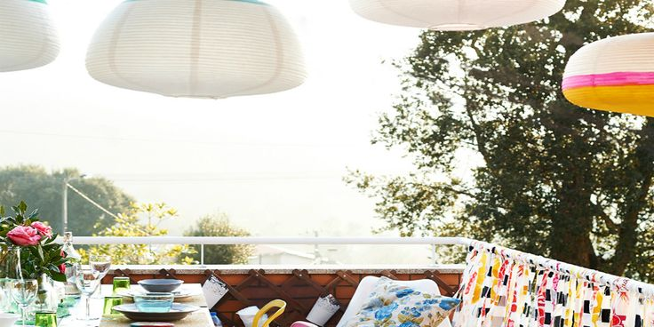In city apartments, the balcony may be the only outdoor place where we can enjoy some fresh and natural air. Thanks to this place you can enjoy the outdoor air and it allows you to relax under the sun without even leaving your apartment.      No that Summer is