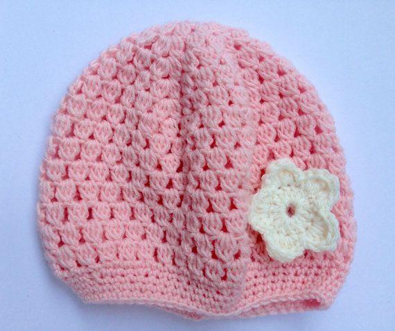 Sciarpa a collo (infinity scarf) e cappellino di lana per bimba di 9-12  mesi. Realizzato ad uncinetto. Lunghezza sciarpa  120 … 280d751d4e4c