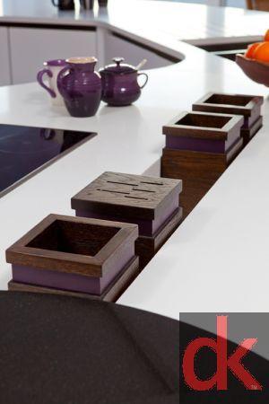 Kitchen storage - Serving trench