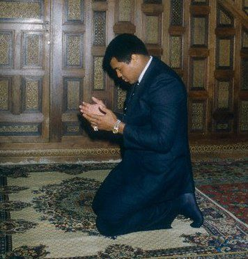 Muhammad Ali Celebrates 70th Birthday: 10 Iconic Images and Quotes ...