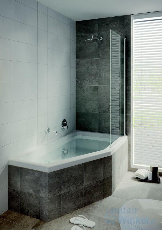 Small bath with shower (sanitairwinkel)