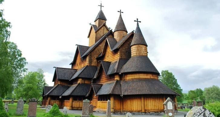 Iglesia de Madera de Heddal//Siglo XIII//Notodden, Noruega