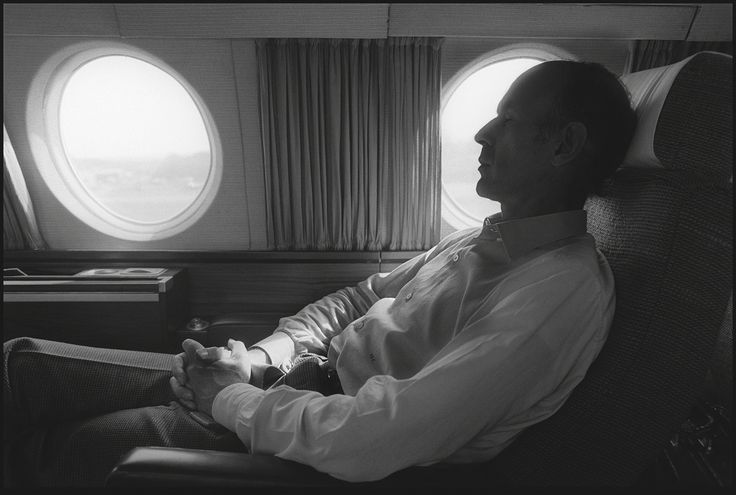 Depardon / Gamma . Valéry Giscard d'Estaing, 1974