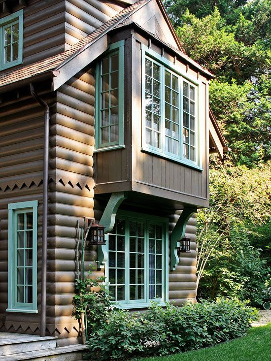 140 best paint colors for the house and cabin exterior for Log cabin window trim
