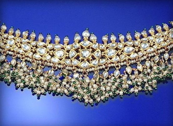 GEM-SET CHOKER, INDIAN, SET THROUGHOUT WITH SEED PEARLS, GREEN PASTE BEADS...