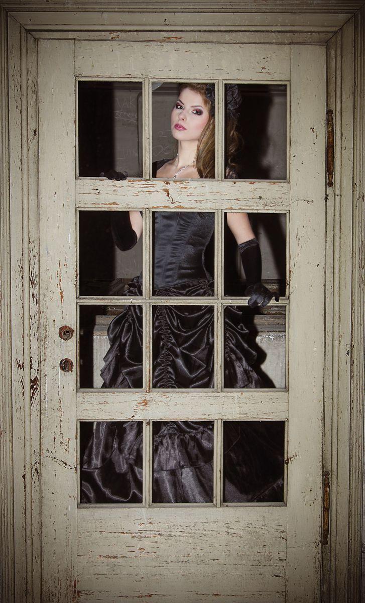 Sesja Gothic Castle. Zapraszam do obejrzenia zdjęć z sesji inspirowanej stylem gotyckim.