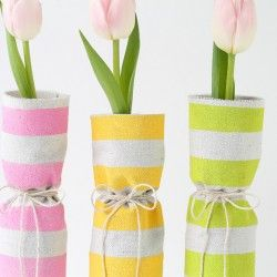 Easy, fabric covered spring vases | by Love Grows Wild for iheartnaptime.comHeart Naps, Ideas, Easy Recipe, Spring Vases, Diy Crafts, Naps Time, Wine Bottle, Covers Spring, Fabrics Covers