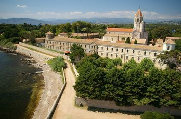 Cannes top things to do - Lerins Islands - Abbey - Copyright Tim Cage  #ebdestinations #travel #Europe