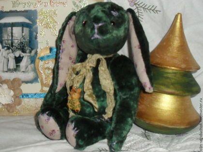 Зайка Изумрудик. (продан) - тёмно-зелёный,подарок на любой случай,подарок на день рождения
