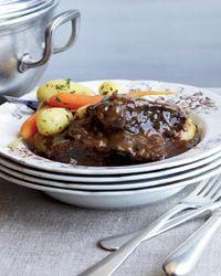 Carbonnade à la Flamande (Flemish Beef Stew) // More Amazing Stews: http://fandw.me/3BW #foodandwine