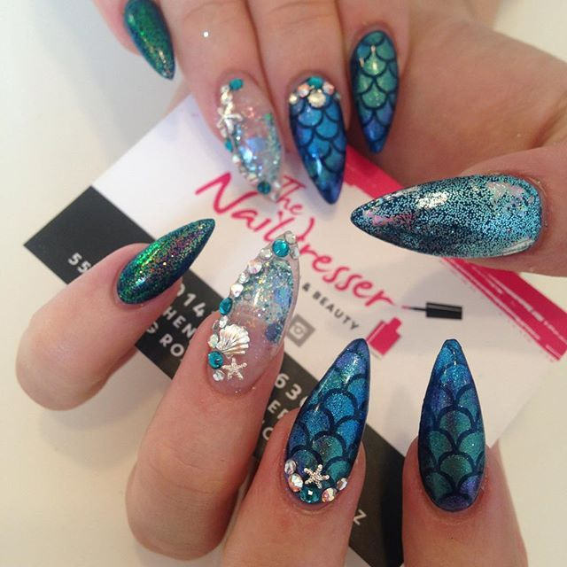 Aquarium Nail Art by @thenaildresser #aquariumnails
