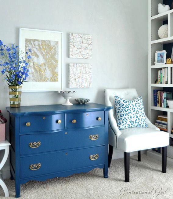 blue dresser: Paintings Furniture, Paintings Blue, Tops 10, Color, Paintings Dressers, Dressers Ideas, Guest Rooms, Diy Paintings, Blue Dressers