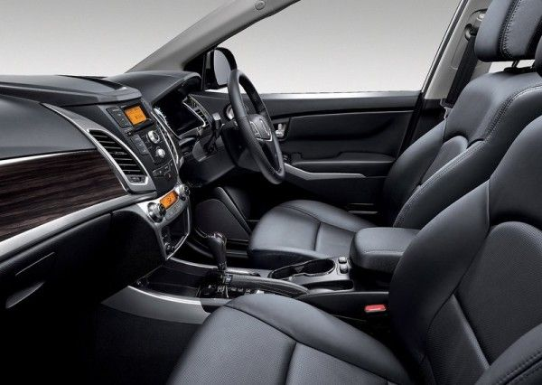 2014 SsangYong Korando Interior 600x426 2014 SsangYong Korando Review and Design