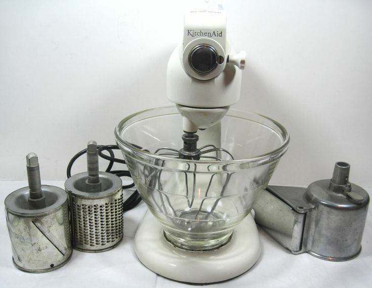 VINTAGE KITCHENAID HOBART STAND MIXER MODEL 3 C KitchenAid W/Bowl U0026  Attachments