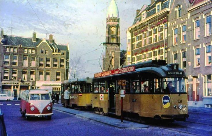Rotterdam - Boezemweg met op de achtergrond Goudserijweg