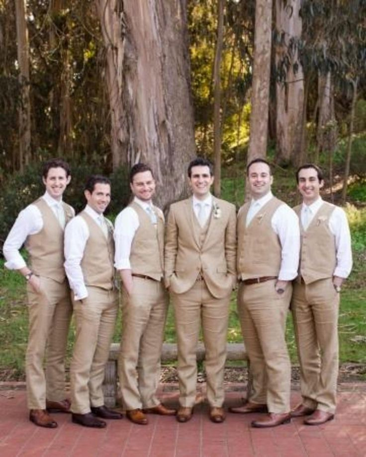 This San Francisco wedding party is proof you don't need tuxes to have dapper groomsmen.