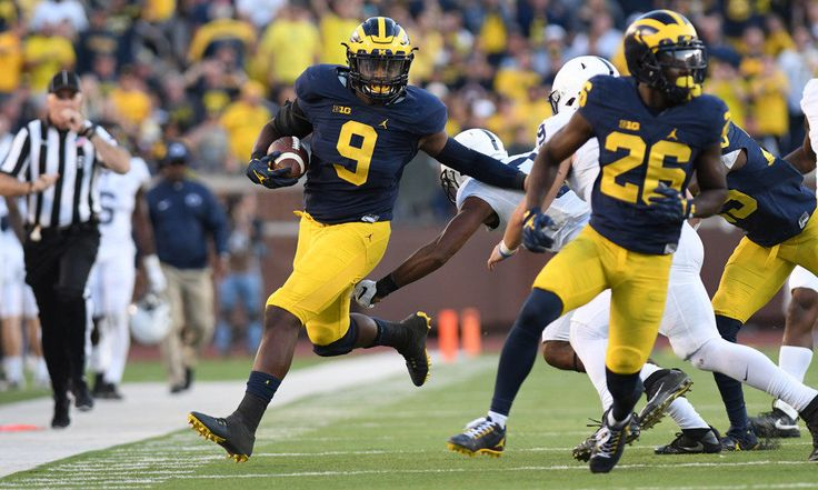 Emotional and physical setbacks set the stage for Mike McCray's rise at Michigan = ANN ARBOR, Mich. — With names such as Jabrill Peppers, Jourdan Lewis and Chris Wormley plastered across Michigan's No. 1-ranked defense, it's sometimes easy to overlook guys such as inside linebacker Mike McCray.  In all likelihood, he'd.....