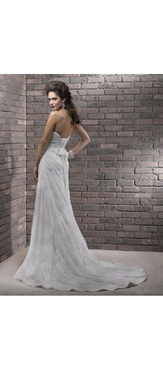 Etui-Linie aus Tüll Herz-Ausschnitt Ärmellos mit Kapelle-Schleppe Schnürung  Elfenbein Pompöse Brautkleider