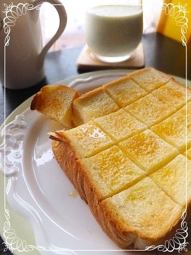 Tea Room-style Buttered Honey Toast