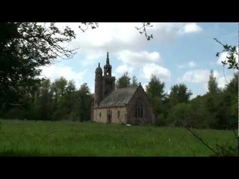 Découvrez le patrimoine de Pleumeur Bodou en vidéo.  Discover the heritage of Pleumeur Bodou.