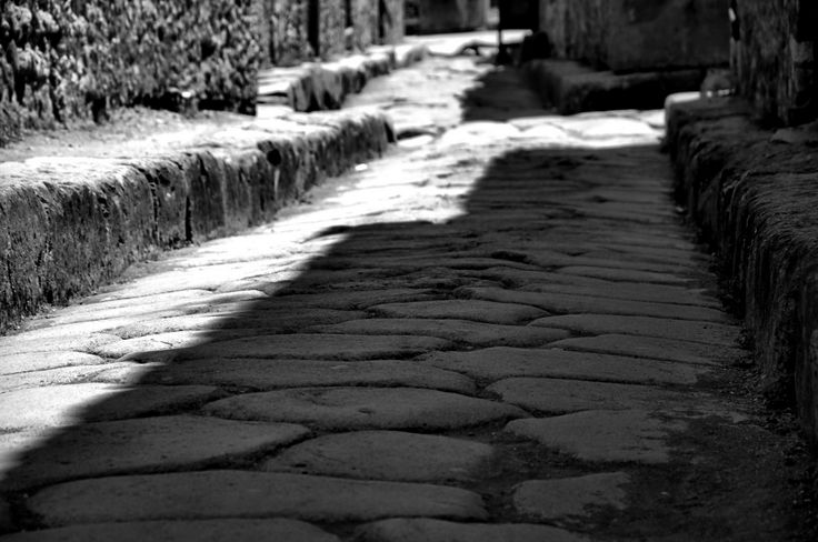 Pompeii's streets by Ferenc Verebélyi on 500px