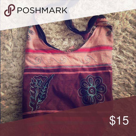 Over the shoulder bag It is super cute and stylish! Bags Shoulder Bags