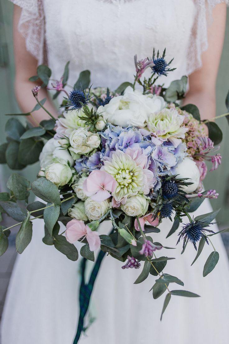 Ramo de novia verano, ramo de novia rosas, ramo de novia azul, flores boda #bra …