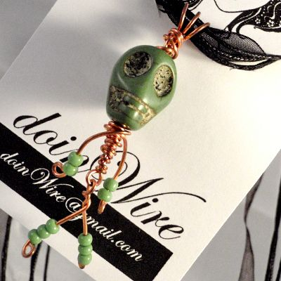 DOW98doinWire Skull Pendant Green https://www.facebook.com/pages/Doinwire/674536245909901
