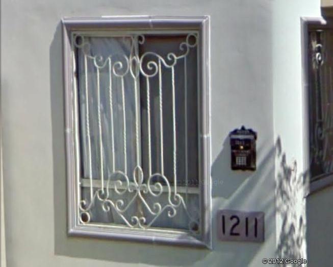 17 mejores im genes sobre rejas en pinterest las puertas for Puertas de hierro forjado para casas