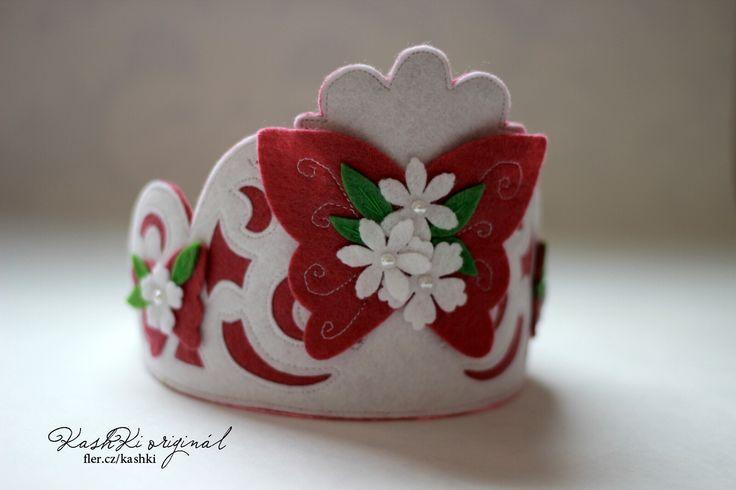 Felt Crowns for Kids #butterfly #crown #felt #girls #kids #KashKi #sizzix #bigz