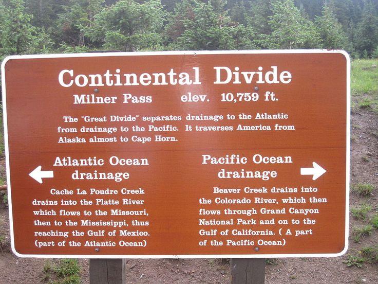 File:Continental Divide sign, RMNP, CO IMG 5297.JPG - Wikimedia ...