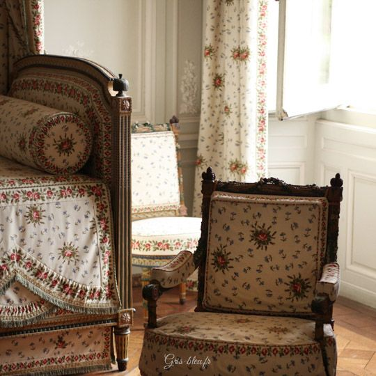 83 best images about pt1 chambre marie antoinette on pinterest ps bed in and versailles. Black Bedroom Furniture Sets. Home Design Ideas