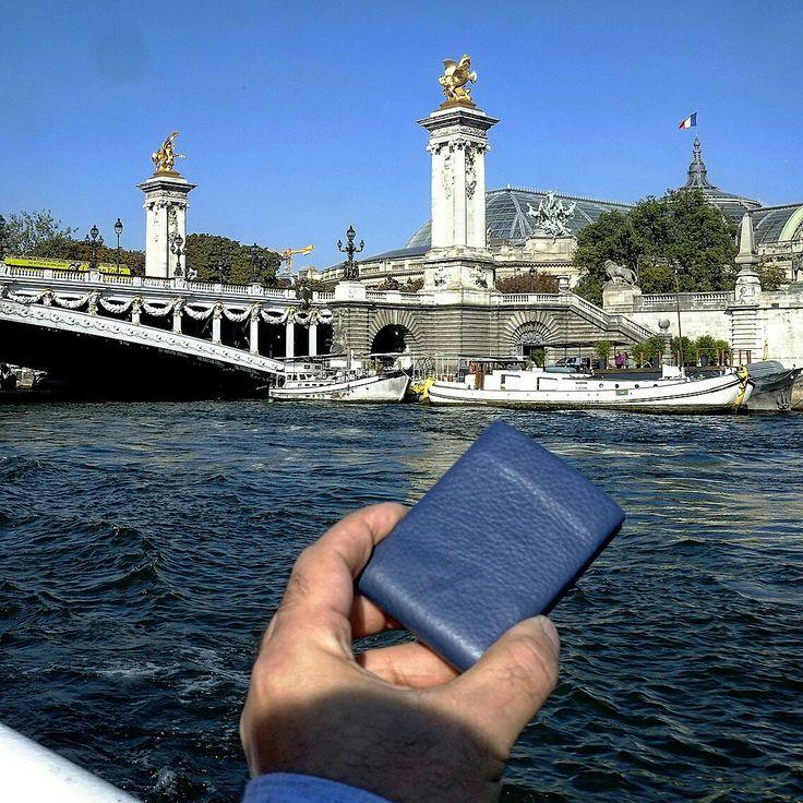 Nero Wallet  - Blu Marino Nappa Leather - Pont Alexander III - Paris
