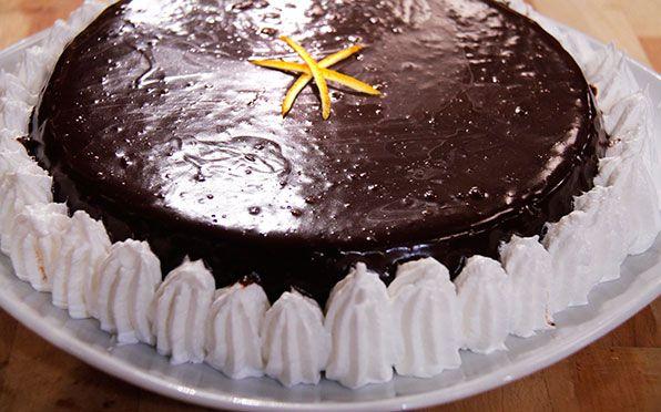 Torta che piace ai miei figli - Torta al cioccolato con crema inglese all'arancia