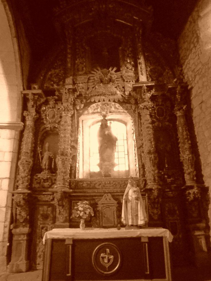 Retablo en el lado de la epístola.Iglesia de San Martin.