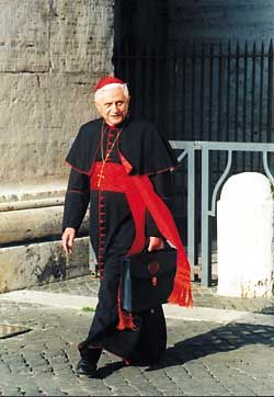Cardenal Joseph Ratzinger. I love this photo. He and our new new Saint Pope were good friends. Holy people emulate holy people