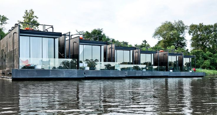 Floating hotel in Thailand