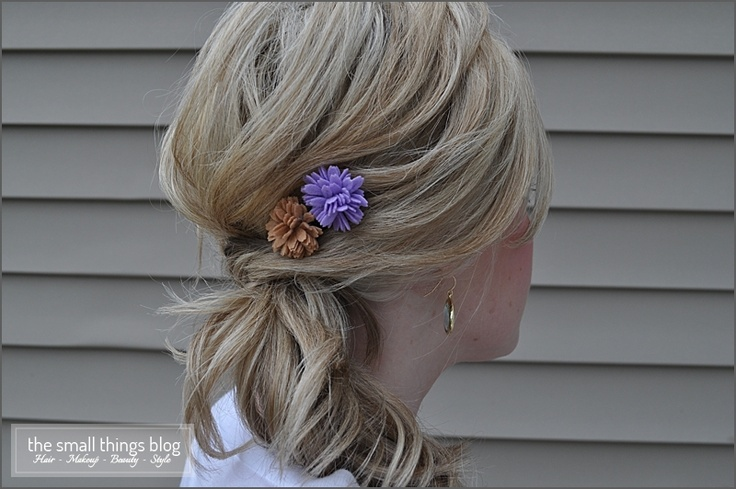 The Knot PonytailPonytail Tutorial, Easy Hairstyles, Small Things Blog, Summer Wedding, The Knots, Knots Ponytail, Hair Style, Felt Flower, Wedding Hairstyles