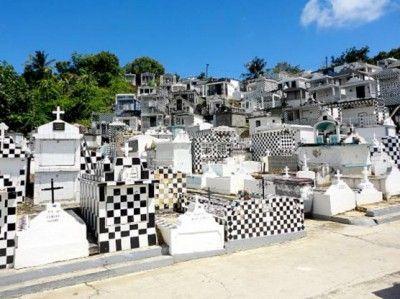 Le cimetière de Morne-à-l'eau