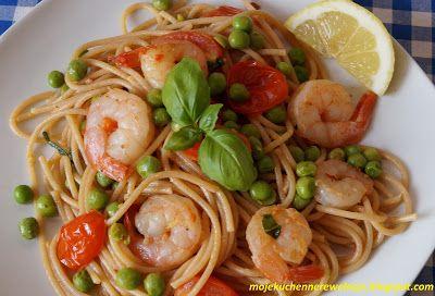 Moje                                                                       Kuchenne Rewelacje  : Spaghetti z krewetkami i groszkiem